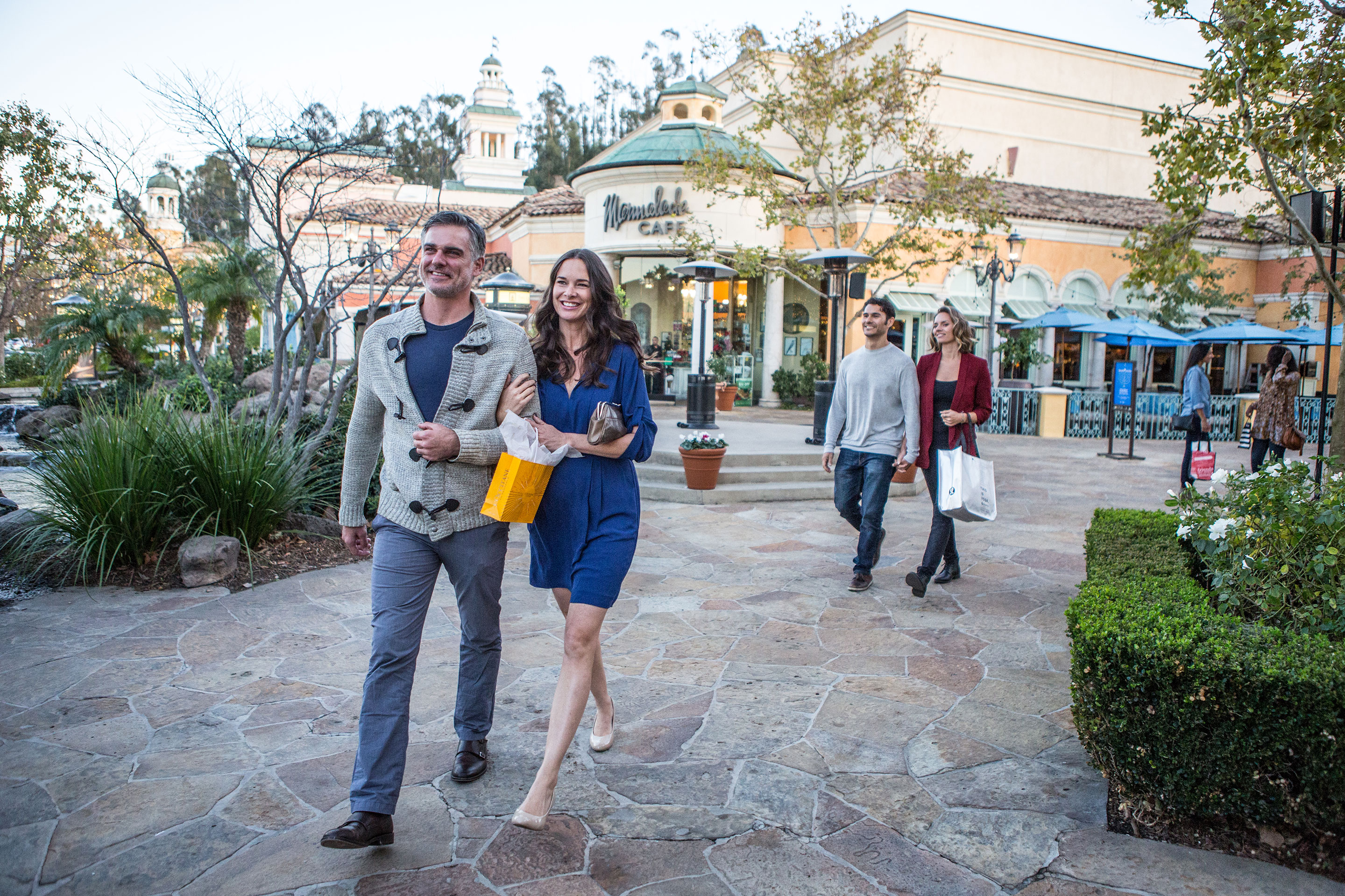 the best shopping in calabasas