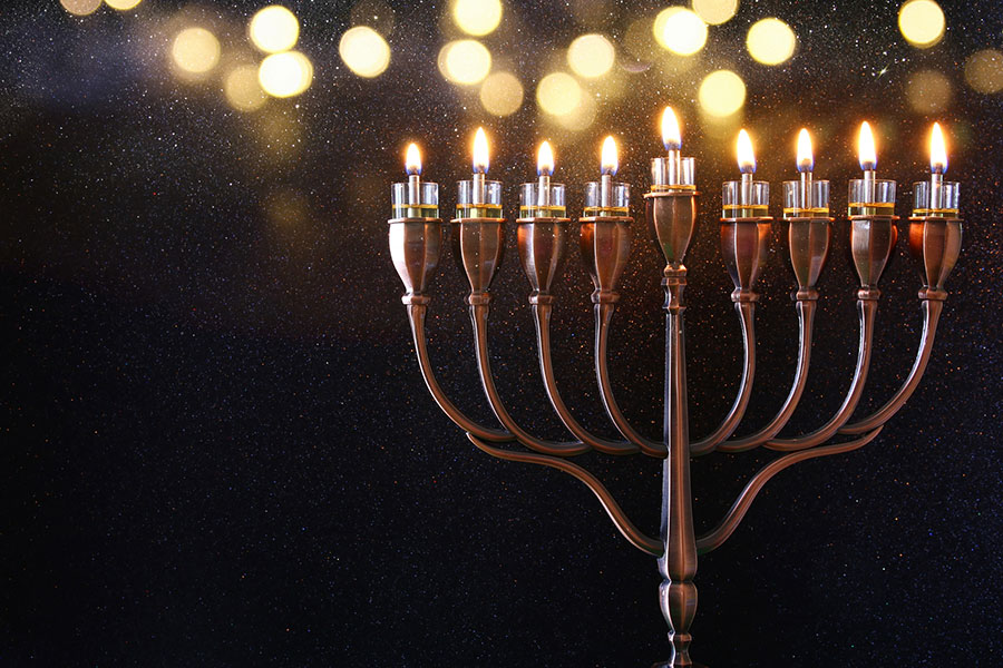 Menorah Lighting Ceremony Hosted by Calabasas Shul